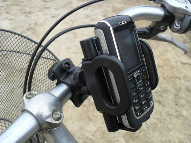 Univerzální držák pro mobilní telefony na kolo MP3naMiru.cz
