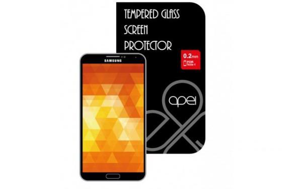 Celý kryt jednoduše přilepíte na displej vašeho telefonu Samsung note 4, kde zůstane pevně držet bez jakýchkoliv mezer či omezení v dotykovosti.Ten je vyroben ze speciálně zpracovaného skla, které ochrání LCD displej zařízení před poškozením pádem i před poškrábáním, a zároveň si zachovává tloušťku pouhých 0,3 mm.