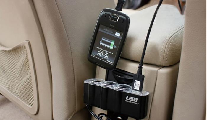 Užitečná CL roztrojka do automobilového zapalovače, která Vám umožní využít jej až pro čtyři spotřebiče najednou.